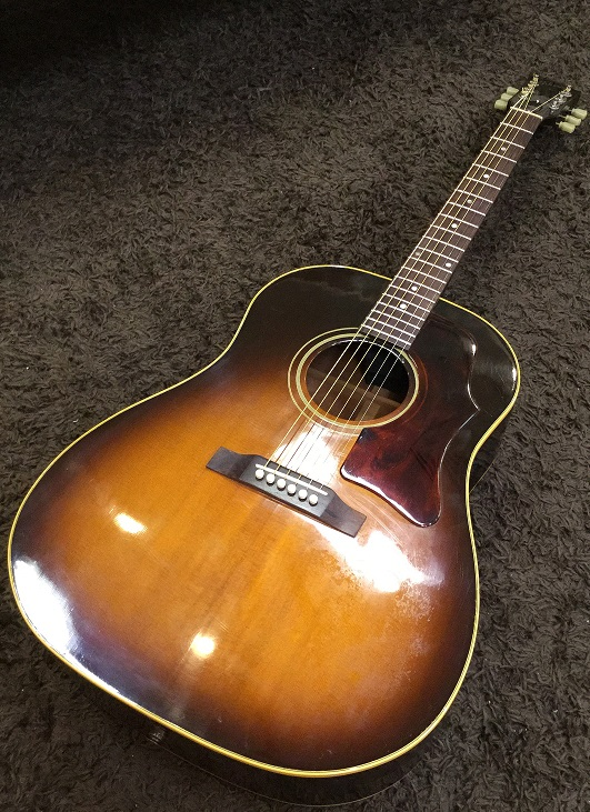 GIBSON J-45/USED